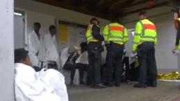 Η γερμανική αστυνομία εντόπισε σήμερα μια ομάδα 12 μεταναστών που έτρεμαν από το κρύο καθώς κρυβόντουσαν στο εσωτερικό εμπορικής αμαξοστοιχίας κοντά στα σύνορα με την Αυστρία. Φωτογραφία: Πρώτο Θέμα.