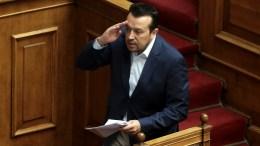 Ο υπουργός Ψηφιακής Πολιτικής, Τηλεπικοινωνιών και Ενημέρωσης, Νίκος Παππάς κατεβαίνει από το βήμα στη συζήτηση στην Ολομέλεια της Βουλής. ΑΠΕ-ΜΠΕ, ΣΥΜΕΛΑ ΠΑΝΤΖΑΡΤΖΗ