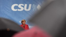 File Photo: German Chancellor Angela Merkel speaks during a campaigning event of Bavarian Christian Social Union (CSU) in Rosenheim, Germany, 12 September 2017. EPA, CHRISTIAN BRUNA