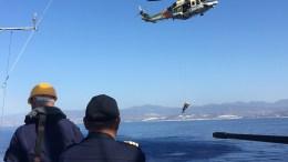 Η πυραυλάκατος ΣΙΜΙΤΖΟΠΟΥΛΟΣ συμμετείχε σε κοινή άσκηση Έρευνας – Διάσωσης. Από Κυπριακής πλευράς συμμετείχε ένα ελικόπτερο της 460 Μοίρας Έρευνας και Διάσωσης του ΓΕΕΦ. ΦΩΤΟΓΡΑΦΙΑ ΑΡΧΕΙΟΥ. ΑΠΕ- ΜΠΕ/ ΓΡΑΦΕΙΟ ΤΥΠΟΥ ΓΕΝ /STR