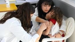 Έλλειψη αντιδραστηρίων για έλεγχο αντισωμάτων ιλαράς καταγγέλλει η ΠΟΕΔΗΝ.  ΦΩΤΟΓΡΑΦΙΑ ΑΡΧΕΙΟΥ. ΑΠΕ ΜΠΕ / ΣΤΕΦΑΝΟΣ ΡΑΠΑΝΗΣ