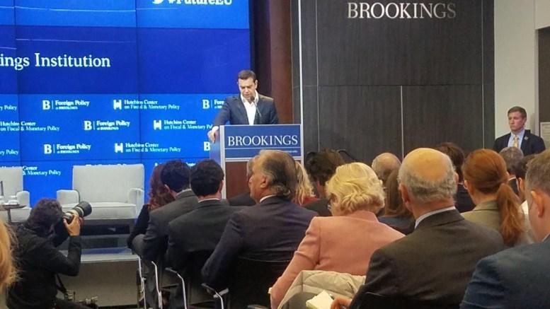 Ο Αλέξης Τσίπρας στο Ινστιτούτο Brookings. Photo via Twitter