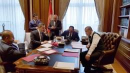 Ο πρόεδρος της Τουρκίας Ταγίπ Ερντογάν στη διάρκεια της τηλεφωνικής του συνομιλίας με τον Πρόεδρο Τραμπ. Φωτογραφία Τουρκική Προεδρία via Twitter