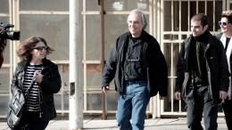 Ο Δημήτρης Κουφοντίνας συνοδευόμενος από την σύζυγό του Αγγελική Σωτηροπούλου και του γιο του Έκτορα φθάνουν στις φυλακές Κορυδαλλού , Σάββατο 11 Νοεμβρίου 2017.Επέστρεψε στις φυλακές Κορυδαλλού ο Δημήτρης Κουφοντίνας μετά την 48ωρη άδεια. ΑΠΕ-ΜΠΕ, Γουιλιαμ Φειθφουλ