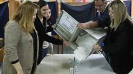 Καταμέτρηση ψήφων για τις Προεδρικές Εκλογές 2018. Φωτογραφία Χρίστος Αβρααμίδης
