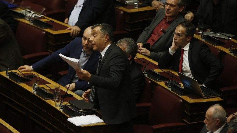 Ο επικεφαλής του Ποταμιού Σταύρος Θεοδωράκης μιλάει στη συζήτηση και ψηφοφορία επί της προτάσεως της κυβερνητικής πλειοψηφίας για τη συγκρότηση επιτροπής προκαταρκτικής εξέτασης για την υπόθεση NOVARTIS, στην Ολομέλεια της Βουλής, Τετάρτη 21 Φεβρουαρίου 2018. ΑΠΕ-ΜΠΕ, ΑΛΕΞΑΝΔΡΟΣ ΒΛΑΧΟΣ