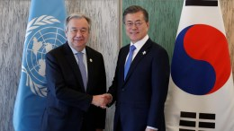 South Korean President Moon Jae-in (R) shakes hands with United Nations Secretary-General Antonio Guterres (L) during their meeting in Gangneung, South Korea, 09 February 2018. EPA, KIM HONG-JI , POOL