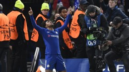 Chelsea's Willian celebrates after scoring the 1-0 goal during the UEFA Champions League Round of 16, first leg soccer match between Chelsea FC and FC Barcelona at Stamford Bridge in London, Britain, 20 February 2018. EPA, WILL OLIVER