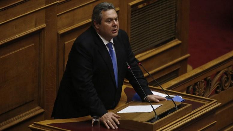 Ο υπουργός Άμυνας και πρόεδρος των ΑΝΕΛ Πανος Καμμένος μιλάει από το βήμα της Βουλής στη συζήτηση και ψηφοφορία επί της προτάσεως της κυβερνητικής πλειοψηφίας για τη συγκρότηση επιτροπής προκαταρκτικής εξέτασης για την υπόθεση NOVARTIS, στην Ολομέλεια της Βουλής, Τετάρτη 21 Φεβρουαρίου 2018. ΑΠΕ-ΜΠΕ, ΑΛΕΞΑΝΔΡΟΣ ΒΛΑΧΟΣ