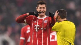 Bayern's Robert Lewandowski celebrates during the UEFA Champions League round of 16, first leg soccer match between FC Bayern Munich and Besiktas Istanbul in Munich, Germany, 20 February 2018. EPA, LUKAS BARTH