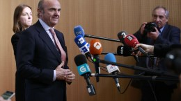 Spanish Minister of Economy Luis de Guindos (L) speaks to the press in Brussels, Belgium, 19 February 2018. de Guindos was elected vice president of European Central Bank (ECB) during Eurogroup Finance Ministers' meeting at the EU Council. EPA, OLIVIER HOSLET