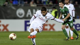 Ricardo Rodriguez (C) of AC Milan scores from penalty during the UEFA Europa League round of 32, first leg soccer match between PFK Ludogorets Razgrad and AC Milan in Razgrad, Bulgaria, 15 February 2018. EPA, BORISLAV TROSHEV