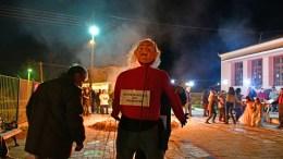 Στο δημοτικό διαμέρισμα των Πυργιωτίκων του Δήμου Ναυπλιέων έκαψαν τον καρνάβαλο που φέτος συμβόλιζε τα μνημόνια, Παρασκευή 16 Φεβρουαρίου 2018. O Μορφωτικός και Πολιτιστικός Σύλλογος Πυργιωτίκων « Άγιος Γεώργιος» κάθε χρόνο στην πλατεία του χωριού διοργανώνει αποκριάτικο γλέντι με σουβλάκια ,γκόγκες κρασί και άλλα εδέσματα. Κατά την διάρκεια της γιορτής γίνεται και η καύση του Βασιλιά Καρνάβαλου που φέτος ήταν τα μνημόνια. Μικροί και μεγάλοι συγκεντρώθηκαν στην κεντρική πλατεία του χωριού και χόρεψαν γύρω από την μεγάλη φωτιά. ΑΠΕ-ΜΠΕ, MΠΟΥΓΙΩΤΗΣ ΕΥΑΓΓΕΛΟΣ