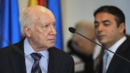 File Photo: Macedonian Minister of Foreign Affairs Nikola Dimitrov (R) and United Nations mediator Matthew Nimetz (L) attend a joint press conference in Skopje. EPA,GEORGI LICOVSKI
