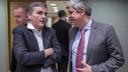 From left to right: Mr Euclid TSAKALOTOS, Greek Minister for Finance; Mr Mario CENTENO, President of the Eurogroup. Shoot location: Bruxelles - File Photo  BELGIUM Copyright: European Union