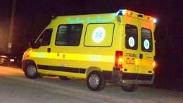 File Photo: Από την επίθεση, που σύμφωνα με πληροφορίες φέρεται να εμπλέκονται άτομα από τον ακροδεξιό χώρο, τραυματίστηκαν δύο άτομα σοβαρά τα οποία μεταφέρθηκαν στο Γενικό Κρατικό Νοσοκομείο της Νίκαιας. ΑΠΕ-ΜΠΕ, ΜΠΟΥΓΙΩΤΗΣ ΕΥΑΓΓΕΛΟΣ
