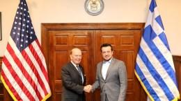 Ο υπουργός Ψηφιακής Πολιτικής, Τηλεπικοινωνιών και Ενημέρωσης Νίκος Παππάς (Δ), συναντήθηκε με τον Αμερικανό υπουργό Εμπορίου Wilbur Ross (Α), στο πλαίσιο της επίσκεψής του στις ΗΠΑ, την Πέμπτη 8 Φεβρουαρίου 2018, στην Ουάσιγκτον, Παρασκευή 09 Φεβρουαρίου 2018. ΑΠΕ-ΜΠΕ, ΓΡΑΦΕΙΟ ΤΥΠΟΥ ΥΠ. ΨΗΠΤΕ/STR