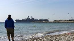 """Στο λιμάνι Λεμεσού κατέπλευσε το """"Iwo Jima"""", το μεγαλύτερο αμφίβιο πολεμικό πλοίο, που ανήκει στον 6ο Στόλο του Ναυτικού των ΗΠΑ. ΚΥΠΕ, PhotoSTAVROS KONIOTIS"""