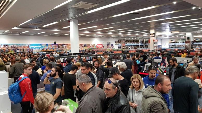 FILE PHOTO. Πολίτες σε κατάστημα στην Κύπρο.  ΚΥΠΕ,  ΚΑΤΙΑ ΧΡΙΣΤΟΔΟΥΛΟΥ
