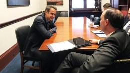 Ο πρόεδρος της Νέας Δημοκρατίας Κυριάκος Μητσοτάκης (Α), συνομιλεί με το Ρεπουμπλικανό Γερουσιαστή Mike Lee, σε μία σειρά επαφών με αξιωματούχους στην Washington, στο πλαίσιο της επίσκεψής του στις Η.Π.Α., Τρίτη 13 Μαρτίου 2018 ΑΠΕ-ΜΠΕ, ΓΡΑΦΕΙΟ ΤΥΠΟΥ ΝΔ, ΔΗΜΗΤΡΗΣ ΠΑΠΑΜΗΤΣΟΣ