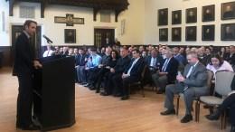 Ο πρόεδρος της Νέας Δημοκρατίας Κυριάκος Μητσοτάκης, μιλάει κατά τη διάρκεια της εισήγησής του στην ελληνική κοινότητα του Κολεγίου της Βοστώνης, ενώ απαντάει και σε ερωτήσεις Ελλήνων φοιτητών, Τρίτη 13 Μαρτίου 2018 ΑΠΕ-ΜΠΕ, /ΓΡΑΦΕΙΟ ΤΥΠΟΥ ΝΔ, ΔΗΜΗΤΡΗΣ ΠΑΠΑΜΗΤΣΟΣ