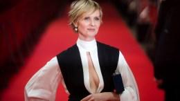 File Photo:  Η ηθοποιός Σίνθια Νίξον γνωστή ως «Μιράντα Χομπς» της δημοφιλούς τηλεοπτικής σειράς  «Sex and the City» θα θέσει υποψηφιότητα με αντίπαλο τον εν ενεργεία κυβερνήτη Άντριου Κουόμο. EPA, GREGOR FISCHER