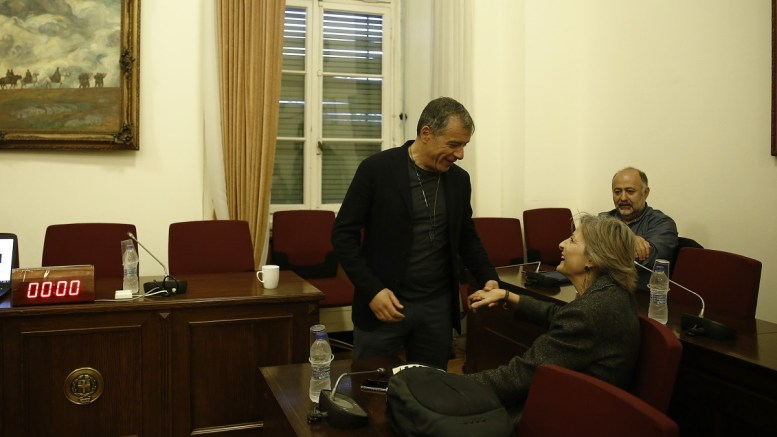 Ο επικεφαλής του Ποταμιού Σταύρος Θεοδωράκης συμμετέχει στη συνεδρίαση της ΚΟ και του πολιτικού συμβουλίου του κόμματος, σε αίθουσα της Βουλής, Τρίτη 13 Μαρτίου 2018. ΑΠΕ-ΜΠΕ, ΑΛΕΞΑΝΔΡΟΣ ΒΛΑΧΟΣ