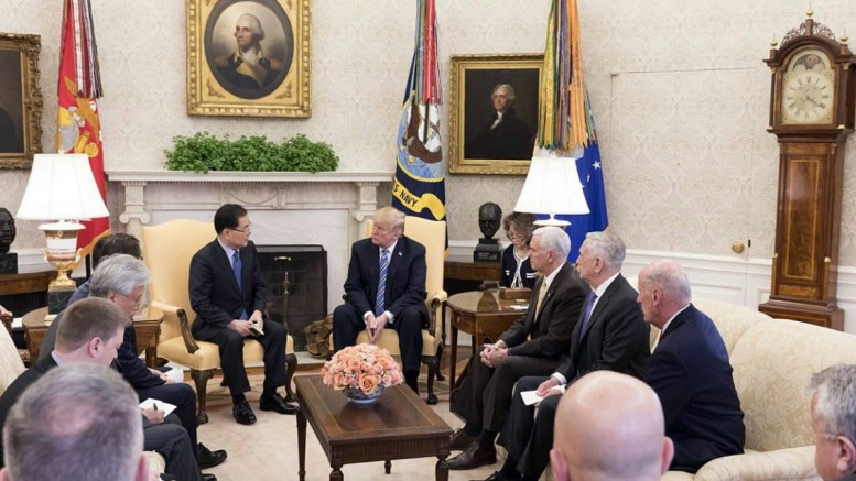A handout photo made available by the Cheong Wa Dae presidential office shows South Korea's national security adviser Chung Eui-yong (C-L) meeting US President Donald J. Trump (C) at the White House in Washington, DC, USA, 08 March 2018 (issued 09 March 2018). EPA, CHEONG WA DAE MEDIA OFFICE HANDOUT, EDITORIAL USE ONLY
