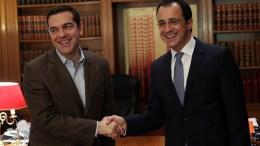 Ο πρωθυπουργός Αλέξης Τσίπρας υποδέχεται στη συνάντηση τους στο Μέγαρο Μαξίμου τον υπουργό Εξωτερικών της Κυπριακής Δημοκρατίας, Νίκο Χριστοδουλίδη, Αθήνα Τρίτη 6 Μαρτίου 2018. ΑΠΕ-ΜΠΕ, ΟΡΕΣΤΗΣ ΠΑΝΑΓΙΩΤΟΥ