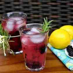 Fizzy Gin Lemonade with Blackberries and Rosemary