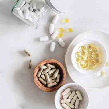 5 Supplements That Should Be in Every Medicine Cabinet