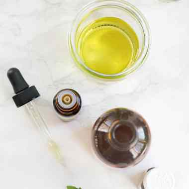 9 Essential Oils To Get You Through Cold Season