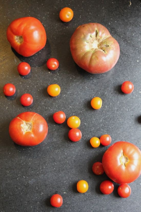 Easy Tomato Gazpacho | HelloNatural.co