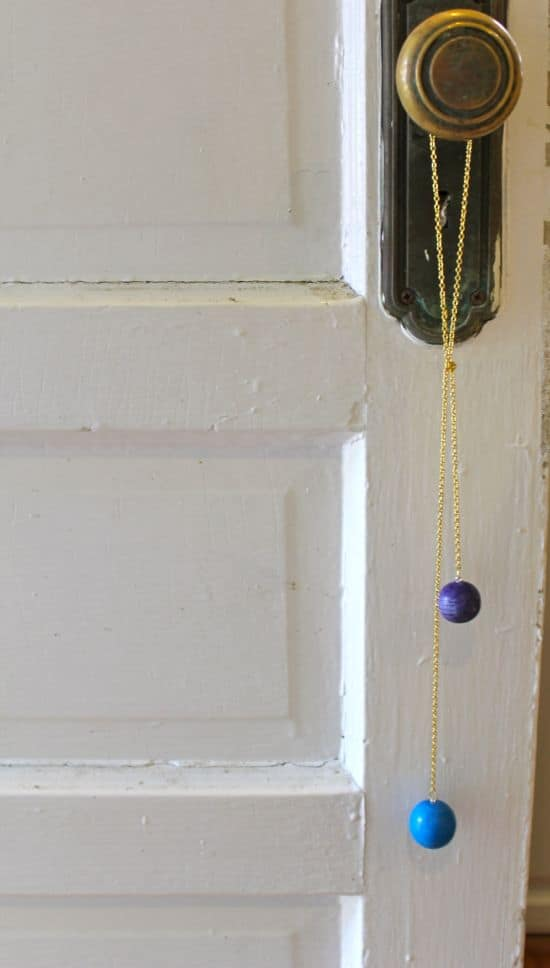 DIY Anthropologie Necklace | HelloNatural.co