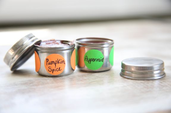 DIY Pumpkin Spice Homemade Lip Gloss | HelloNatural.co