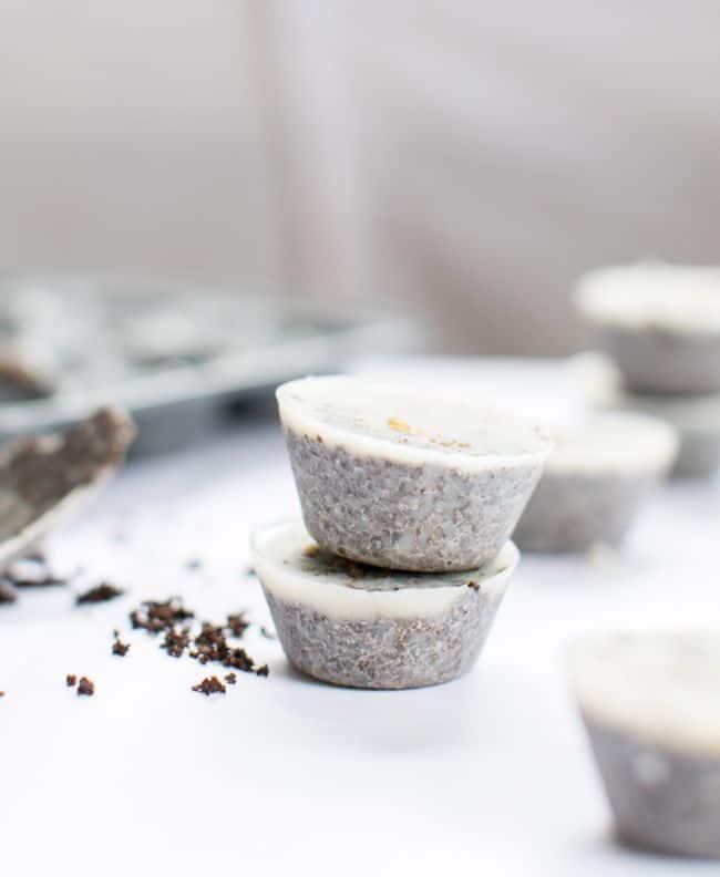 Coconut Coffee Scrub   HelloNatural.co