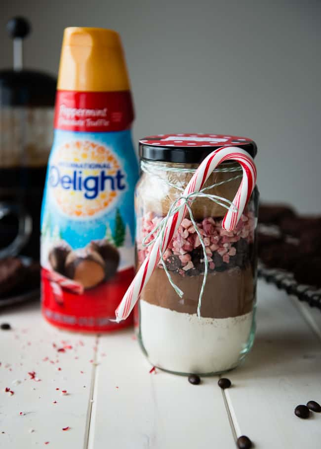 Peppermint Mocha Cookies in a Jar Gift | HelloNatural.co
