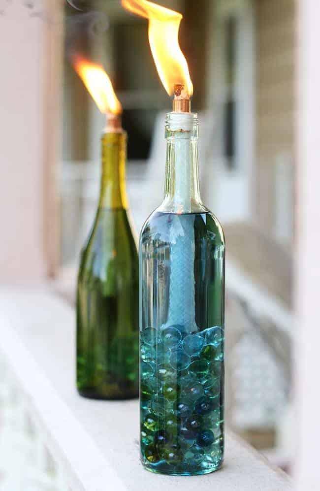 Diy wine bottle citronella candles for Diy beer bottle tiki torches