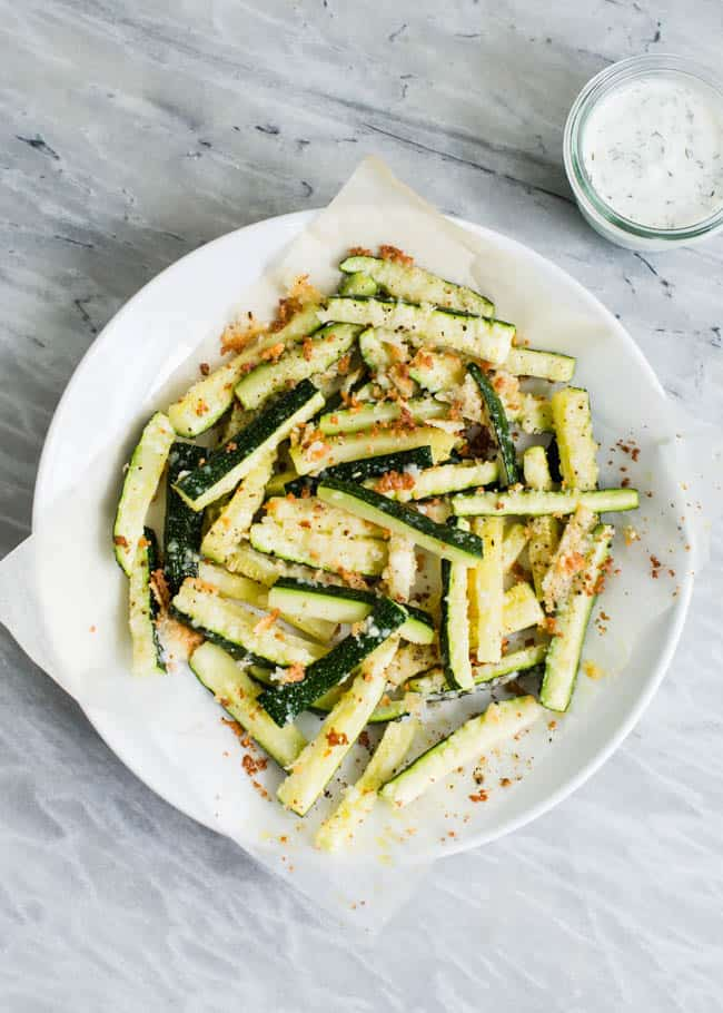 Baked parmesan zucchini fries by Hello Natural