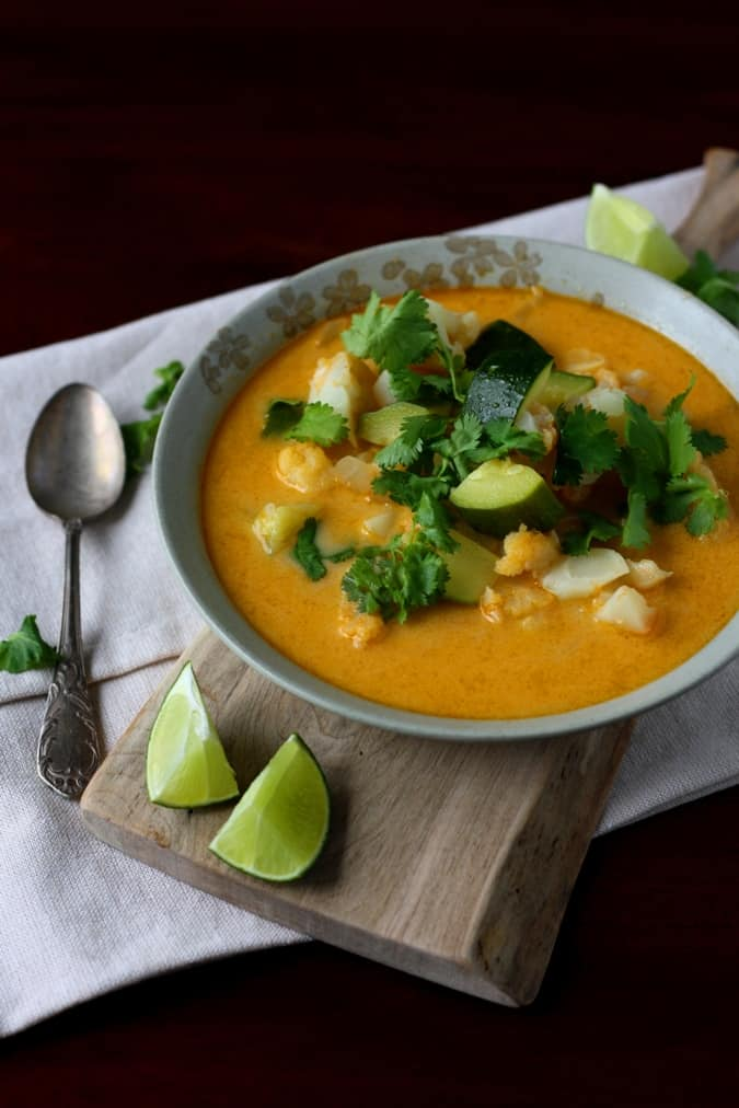 Red curry cauliflower and zucchini soup by Mango & Tomato