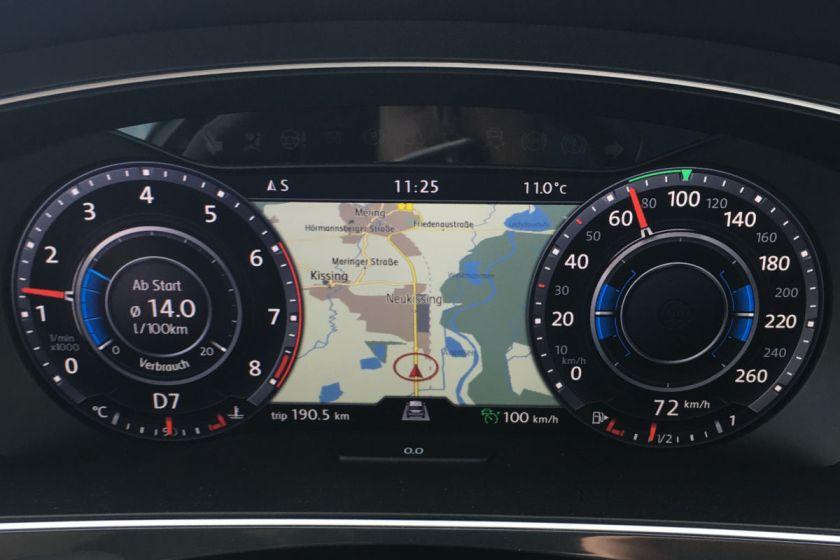 Das Active Info Display im Tiguan zeigt die Fahrdaten