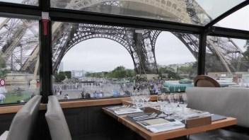 Bustronome: Kulinarische Stadtrundfahrt im Bistrobus in Paris