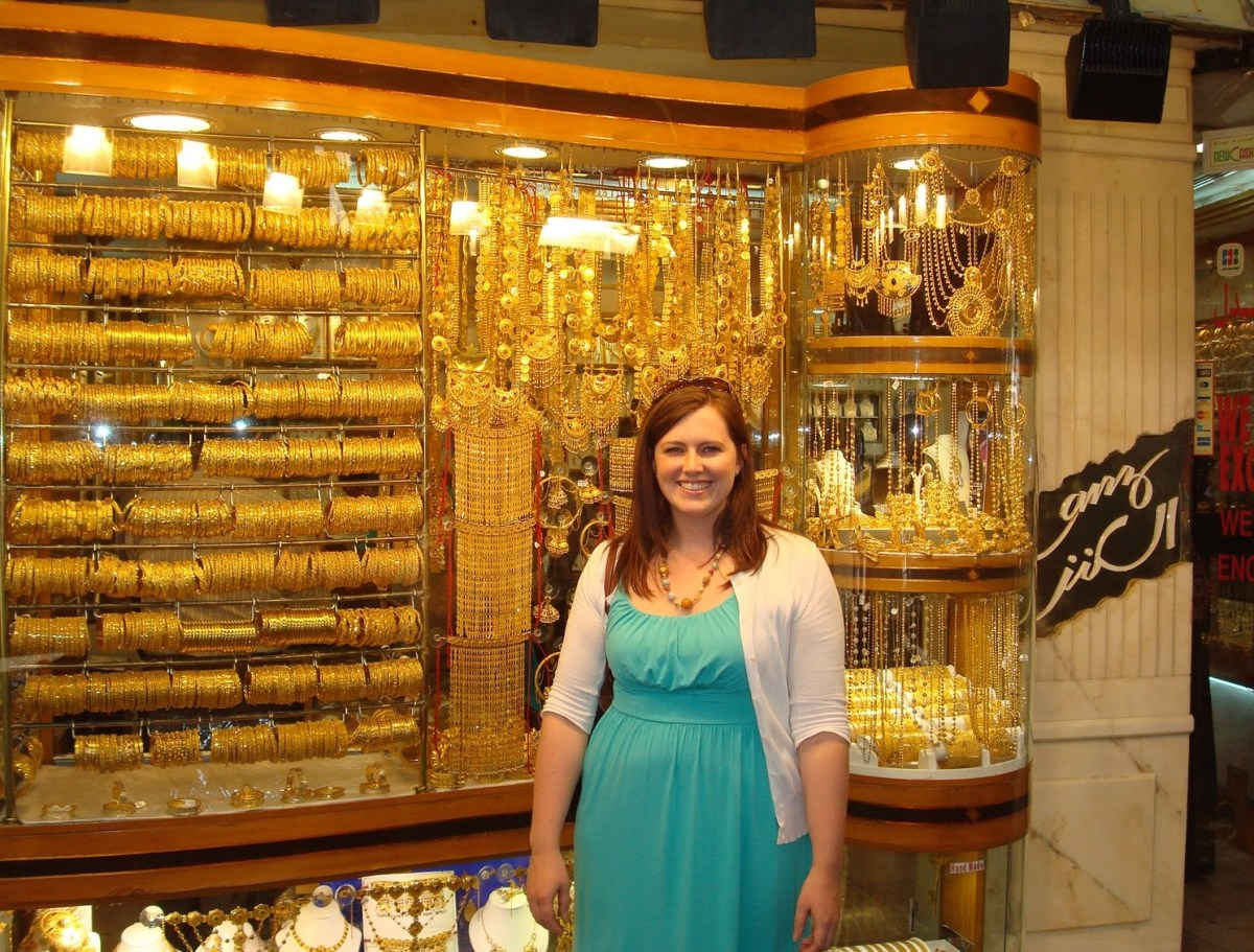 تراجع أسعار الذهب في الأسواق وعيار 21 يسجل 35 دولارًا