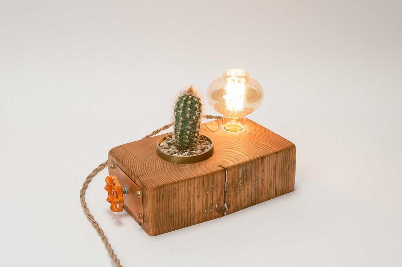 Hemlocke Studio Pics - 151006 Lamp 02 - N. Berends 0043