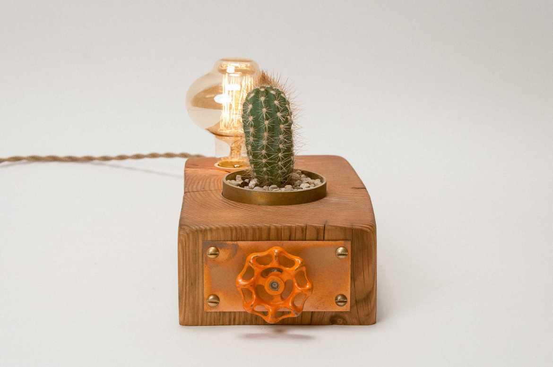 Hemlocke Studio Pics - 151006 Lamp 02 - N. Berends 0045