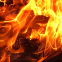 Det är läskigt hur lätt ens hus kan börja brinna.