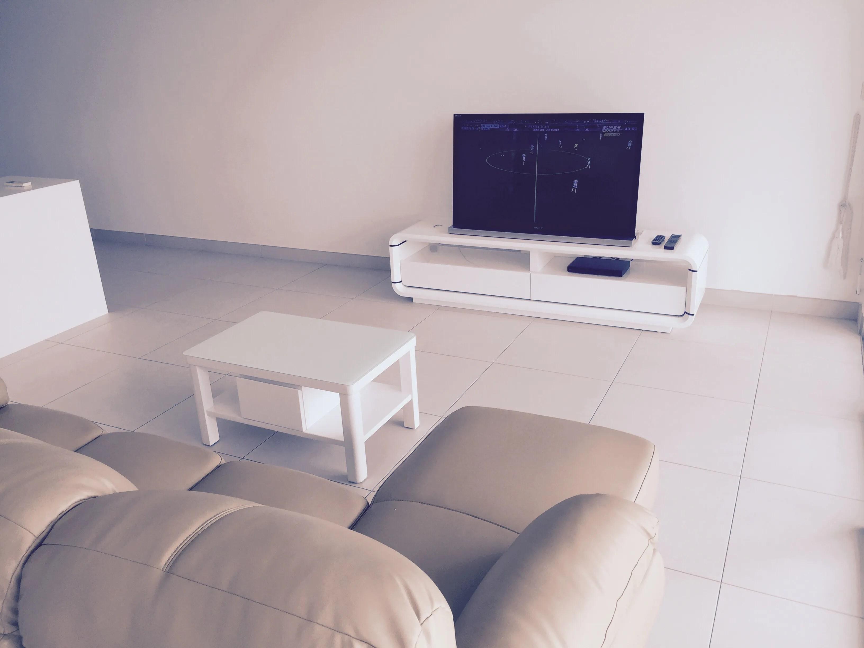Henry Furnishing – Furniture Rental in Singapore Since 1994