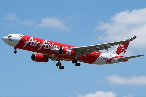 800px-AirAsia_X_Airbus_A330-300_Nazarinia-3