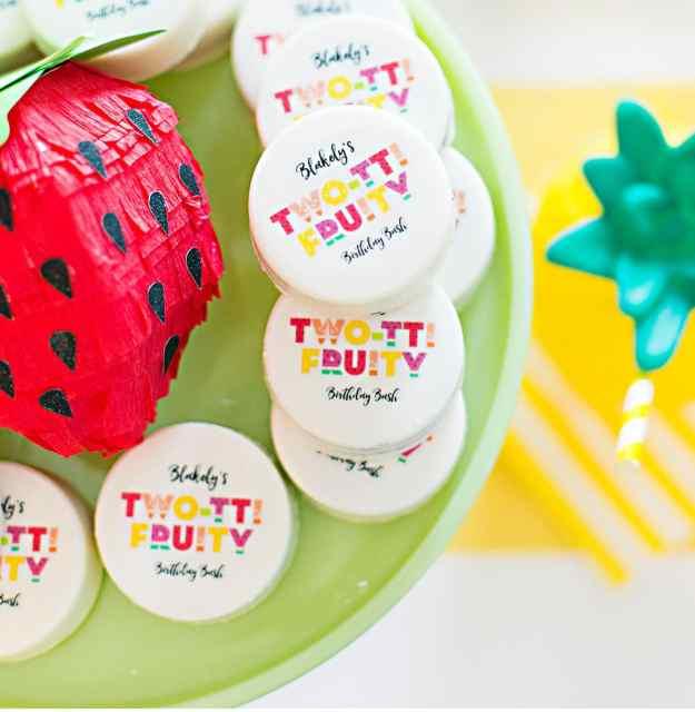 twotti-fruity-oreos-party