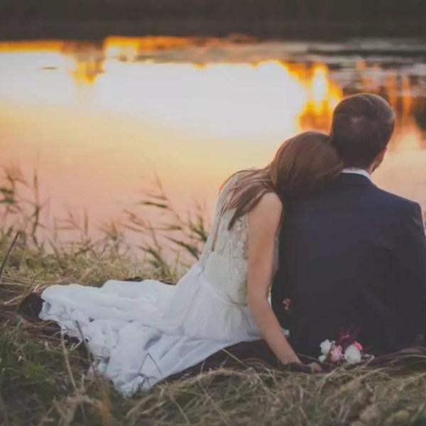 10 Things You Should Understand Before Marrying Young